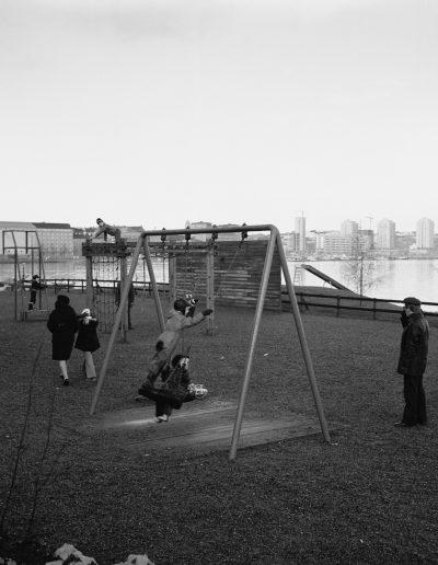 Laivapuiston leikkikentällä